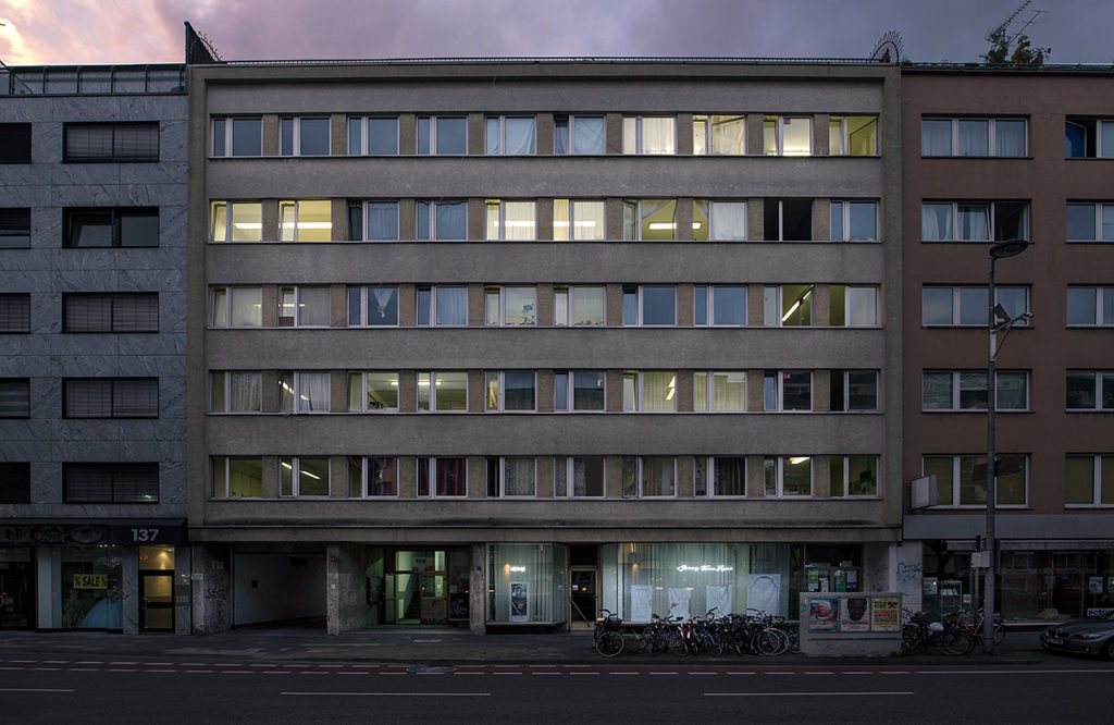 Temporary home for asylum seekers with installation view, sun set, Hansaring 139, Cologne, DE, 2017